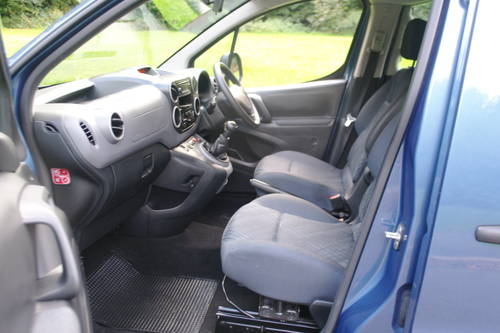 PEUGEOT PARTNER TEPEE.  WHEEL CHAIR ACCESS.. LOW MILES.. FSH SOLD (picture 3 of 6)