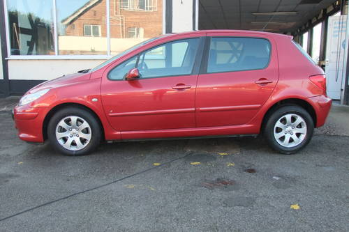 2006 PEUGEOT 307 1.6 S 5DR AUTOMATIC SOLD (picture 2 of 6)
