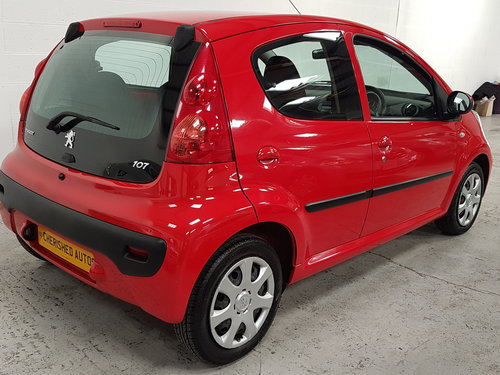 2009 PEUGEOT 107 1.0 URBAN* GENUINE 50,000 MILES*NEW SHAPE*  For Sale (picture 2 of 6)
