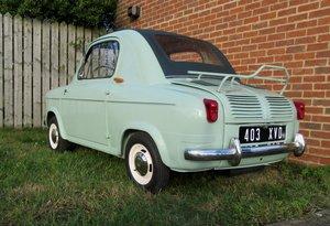 1959 Vespa 400 microcar  concours condition!