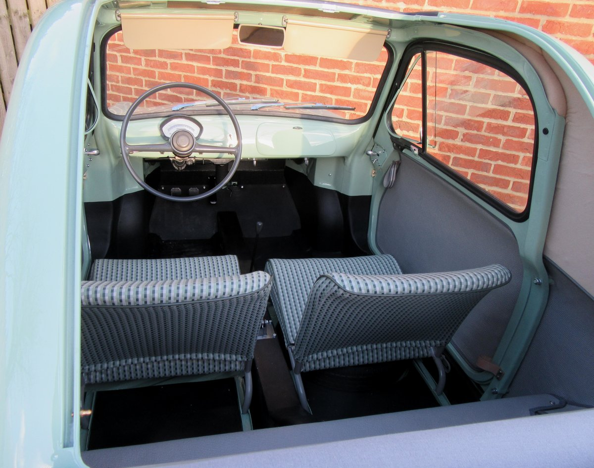 1959 Vespa 400 microcar  concours condition! For Sale (picture 4 of 6)