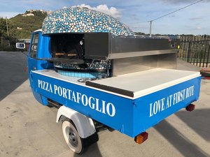 1987 Piaggio ape pizza van