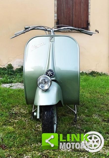 Piaggio VESPA 125 FARO BASSO BACHETTA 1950 For Sale (picture 2 of 6)