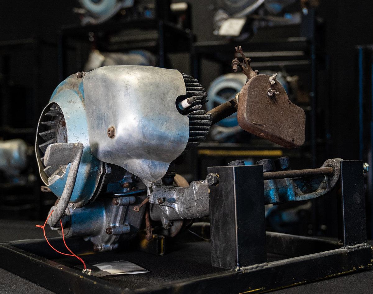 1950 Piaggio Vespa Engine For Sale (picture 2 of 6)