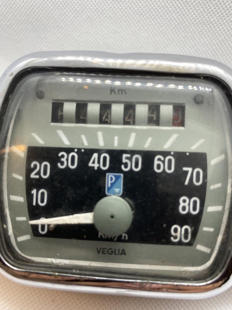1950 Piaggio Vespa Odometer For Sale (picture 4 of 6)