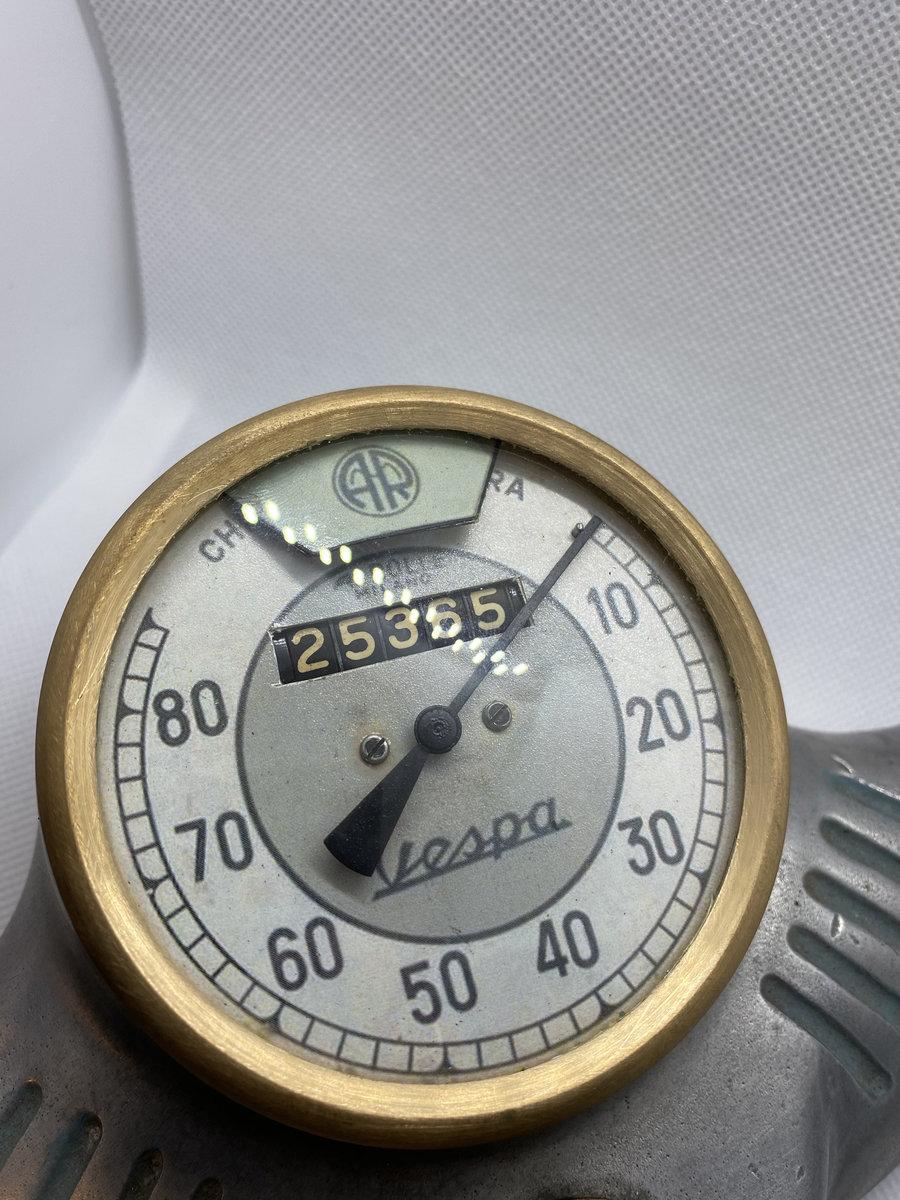1950 Piaggio Vespa Odometer For Sale (picture 3 of 6)