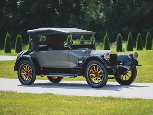 1919  Pierce-Arrow Series 31 Four-Passenger Roadster