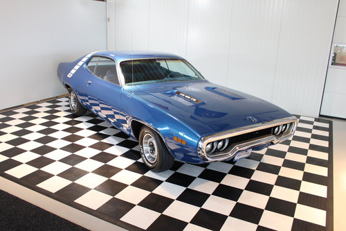 1971 71 'Plymouth Roadrunner 4 speed & numbers match restored For Sale (picture 1 of 6)