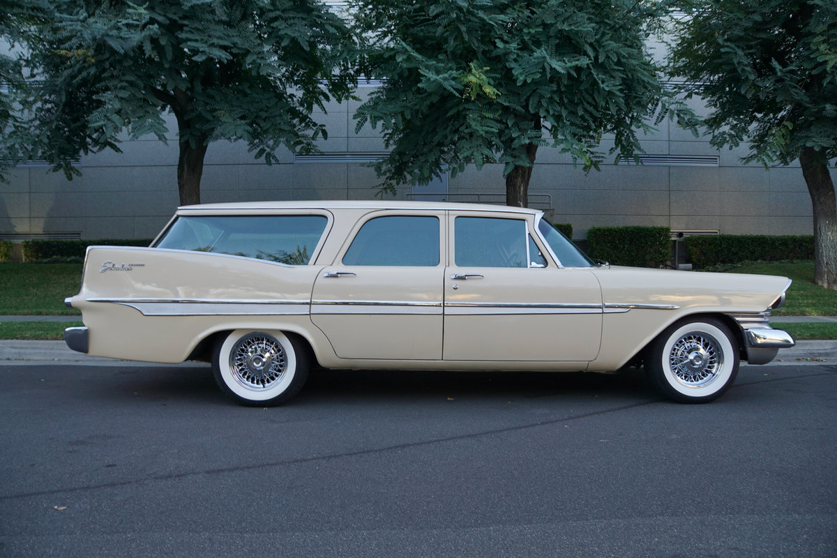 1959 Plymouth Surbaban Station Wagon SOLD (picture 3 of 6)