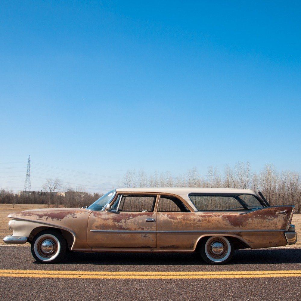 1960 Plymouth Deluxe Suburban Station Wagon = Rare 1 o 5 For Sale (picture 1 of 6)