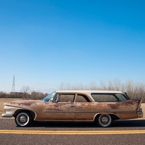 1960 Plymouth Deluxe Suburban Station Wagon = Rare 1 o 5 For Sale