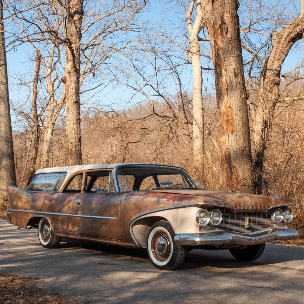 1960 Plymouth Deluxe Suburban Station Wagon = Rare 1 o 5 For Sale (picture 3 of 6)