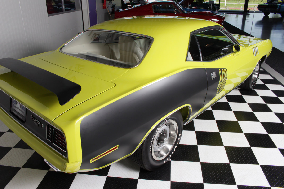 1971 Plymouth Cuda 440-6 pack & Concours restored ! For Sale (picture 6 of 6)