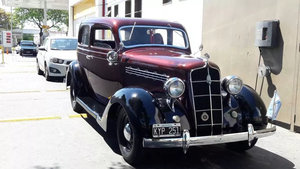 1935 plymouth completely restored , Excellent  rare!