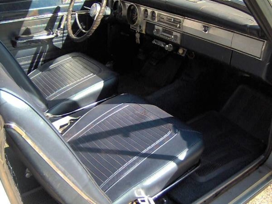 1966 Plymouth Barracuda 2DR For Sale (picture 4 of 6)