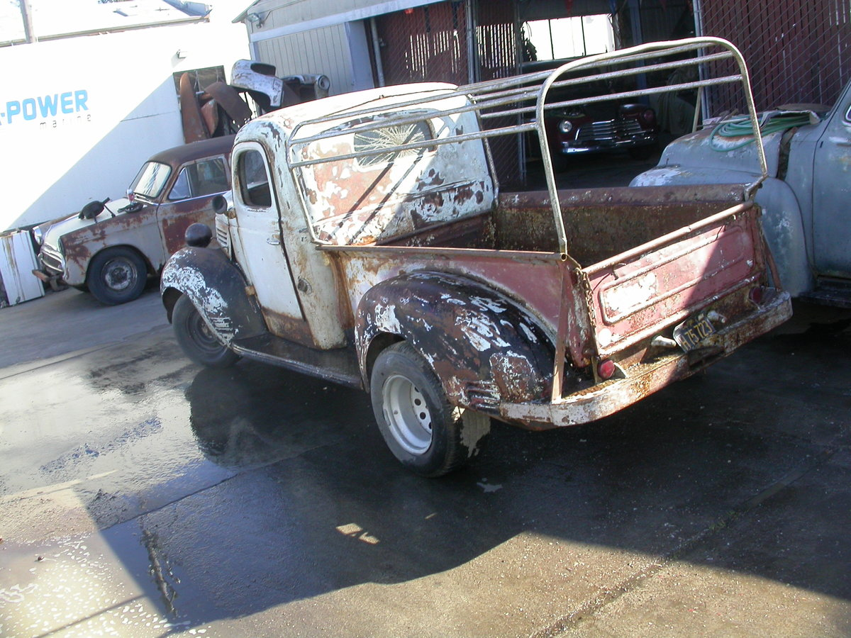 RARE 1939 PLYMOUTH STEPSIDE  $11250 ARRIVING IN UK LATE JUNE For Sale (picture 2 of 6)