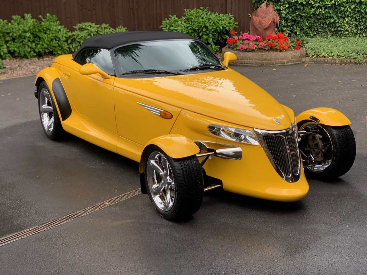2002 Plymouth Prowler with trailer V Low Milage For Sale (picture 6 of 6)