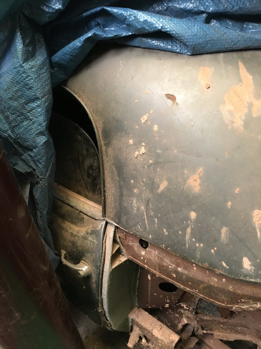 1958 Mercedes Benz RHD 90sl Barn Find  For Sale (picture 5 of 6)