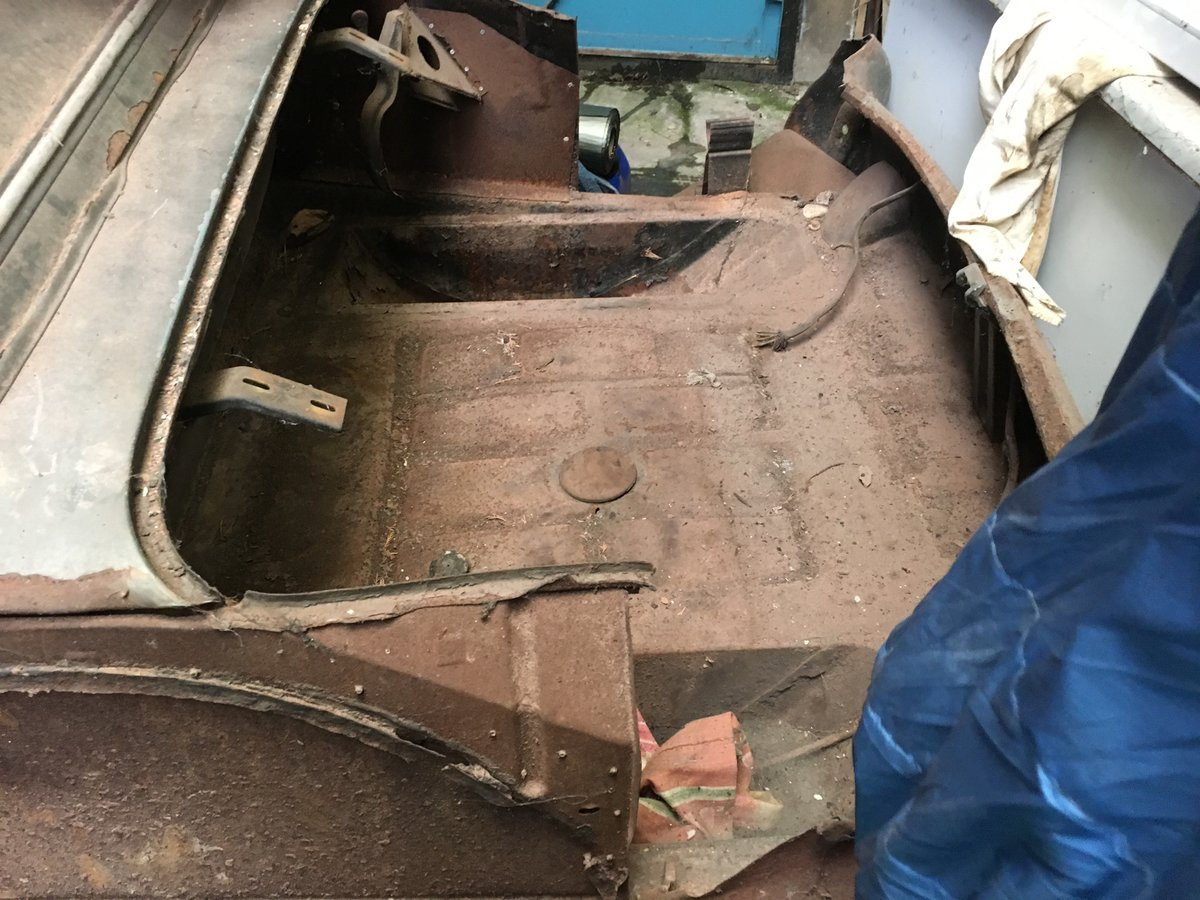 1958 Mercedes Benz RHD 90sl Barn Find  For Sale (picture 6 of 6)