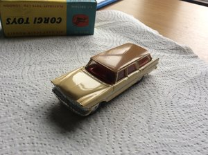 RARE ORIGINAL BOX & CAR - CORGI model 219