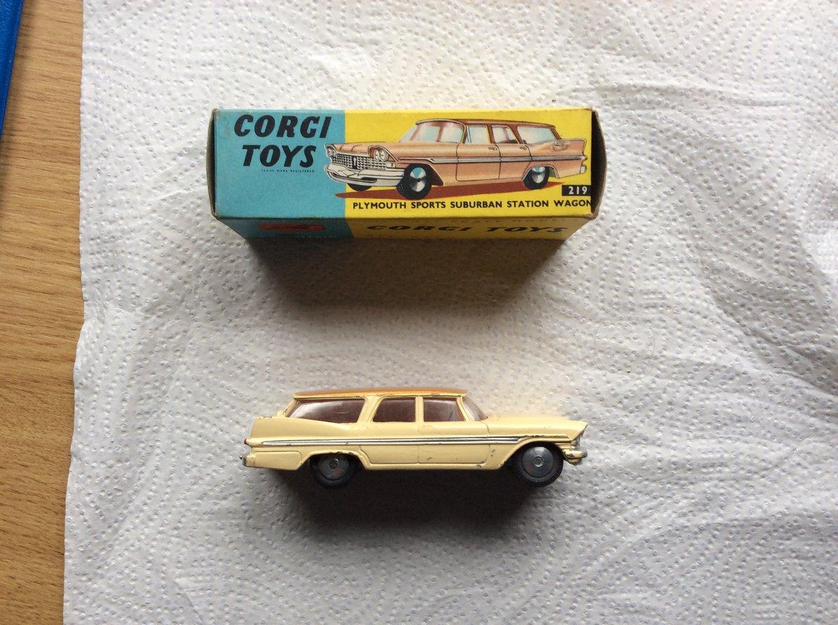 RARE ORIGINAL BOX & CAR - CORGI model 219 For Sale (picture 5 of 7)