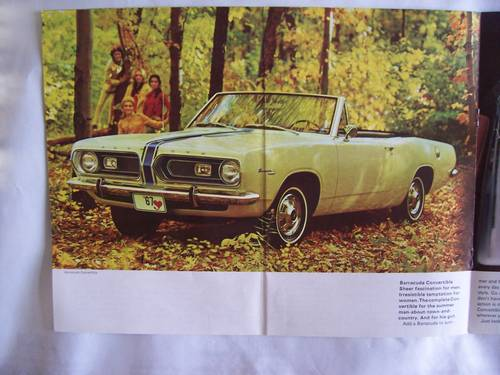 1967 ' 67 PLYMOUTH BARRACUDA COUPE / CONVERTIBLE SALES BROCHURE For Sale (picture 3 of 6)