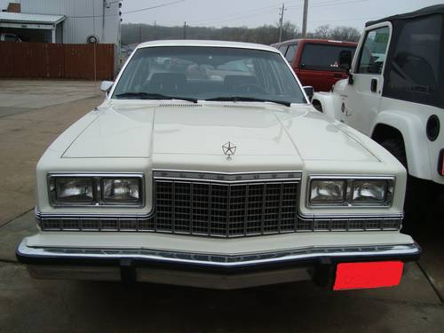 1974 Plymouth Gran Fury Salon 4DR Sedan For Sale (picture 2 of 6)