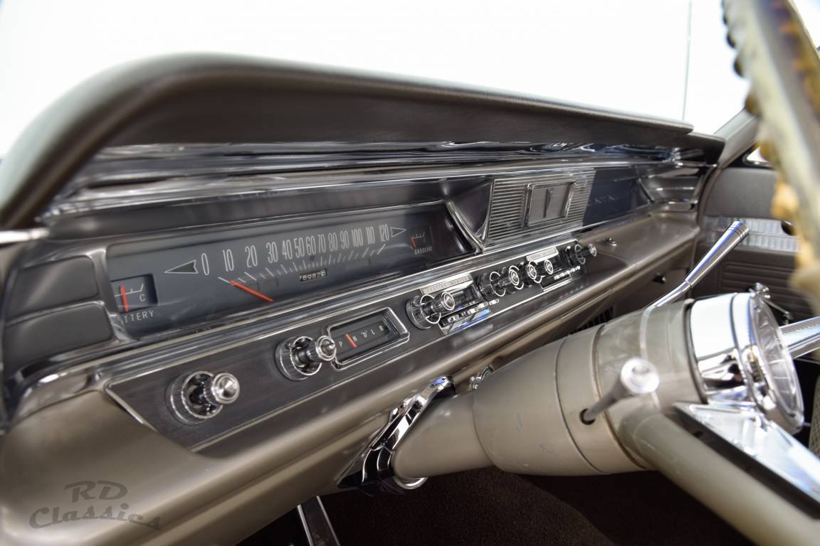 1963 Pontiac Catalina Sedan For Sale (picture 5 of 6)