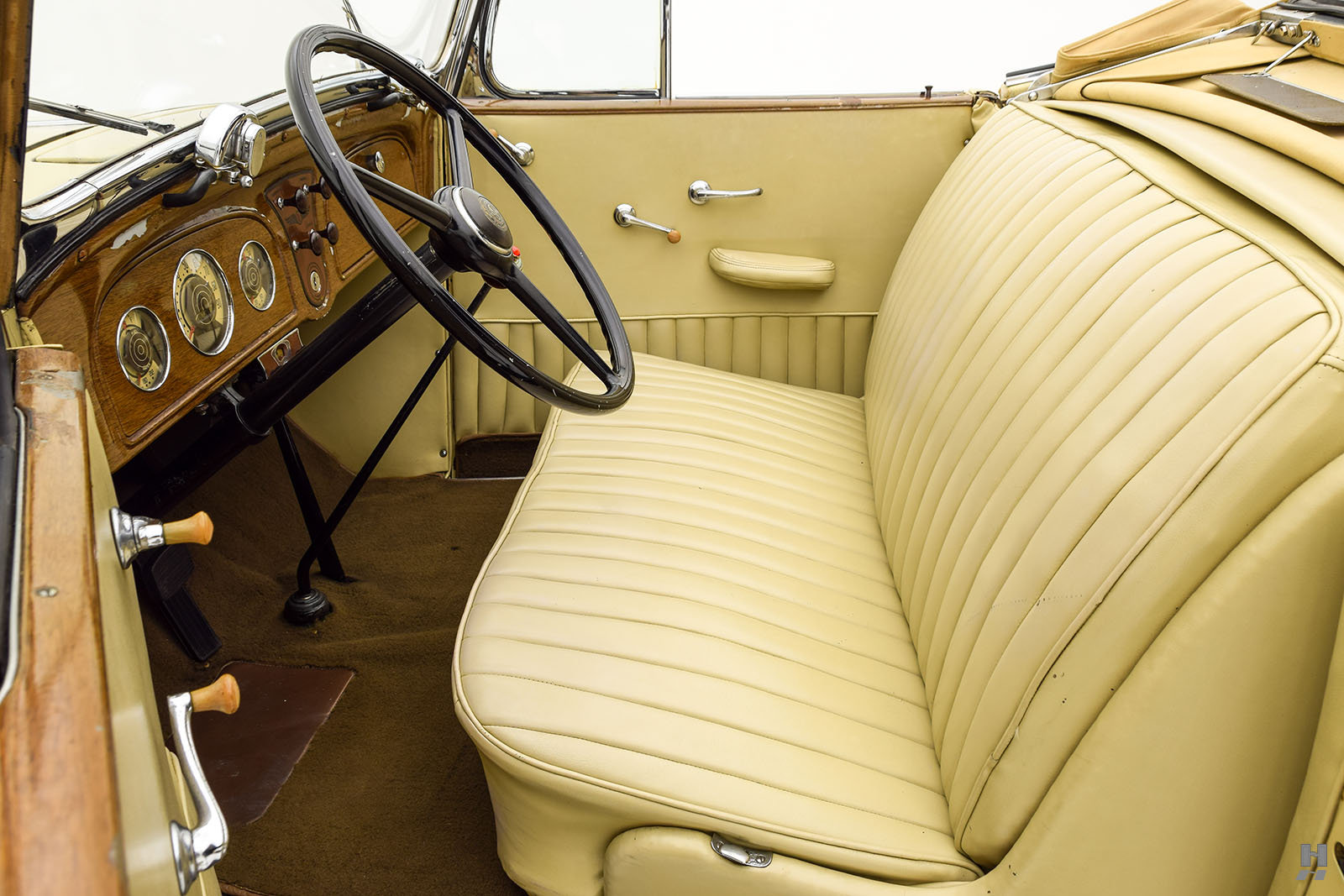 1934 PONTIAC EIGHT CONVERTIBLE COUPE For Sale (picture 3 of 6)