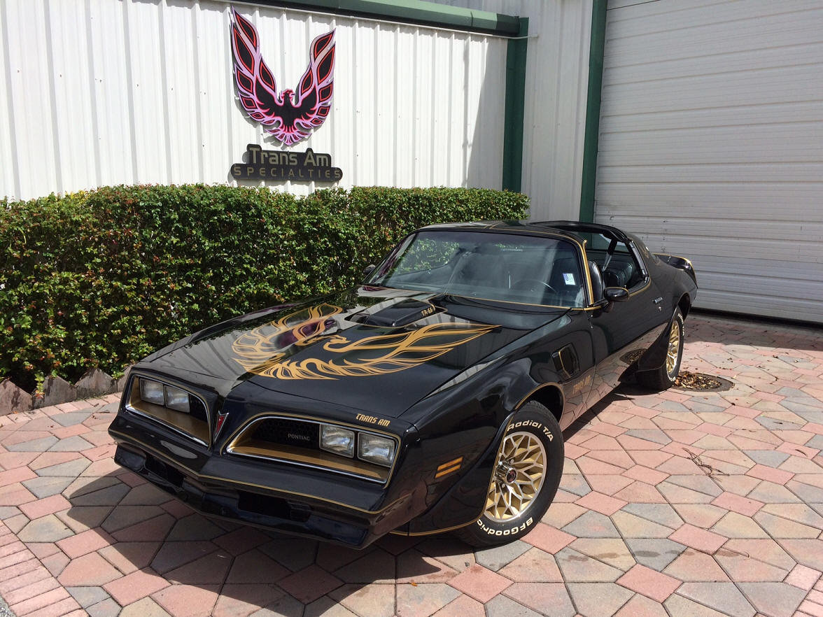 1977 Trans Am Bandit Y82 Special Edition 4 Speed Best in USA For Sale (picture 1 of 6)
