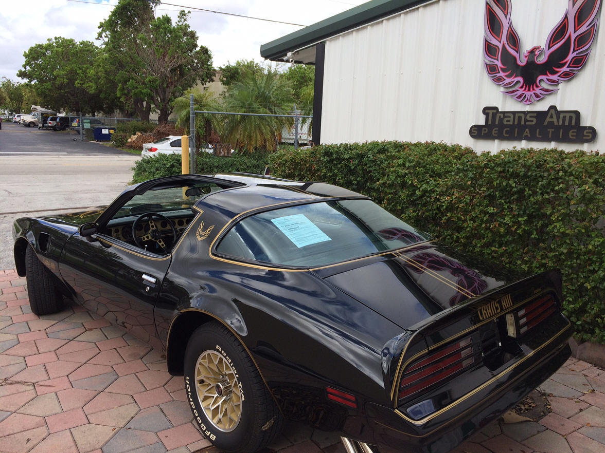 1977 Trans Am Bandit Y82 Special Edition 4 Speed Best in USA For Sale (picture 3 of 6)