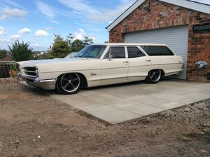 1966 PONTIAC CATALINA STATION WAGON