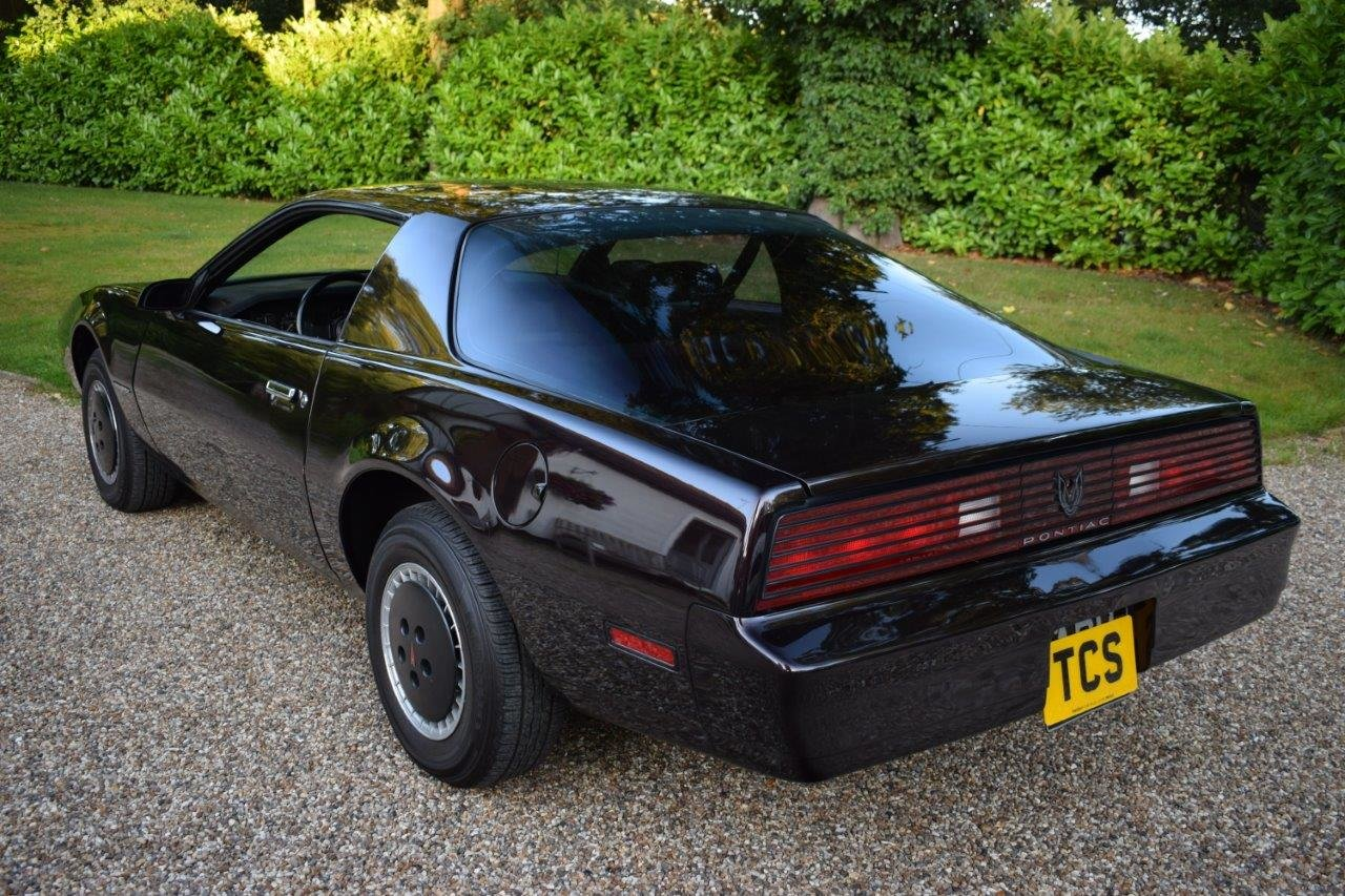 1982 Pontiac Firebird 2.8 V6 Automatic (AKA KITT/Knight Rider) For Sale (picture 2 of 6)