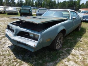 1977 Pontiac FireBird Coupe Formula = Project NO Engine $3.9
