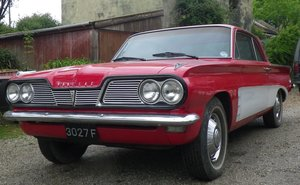 LOT 38: A 1962 Pontiac Tempest Le Mans V8 - 03/11/19