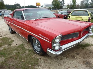1963  Pontiac Catalina Coupe = Strong 455 Auto Red  $9.9k