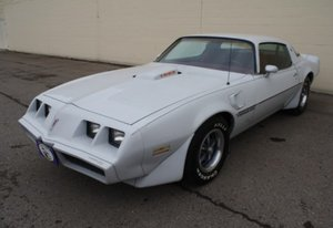 1979 Pontiac Firebird Trans Am Coupe V-8 Auto $13.9k