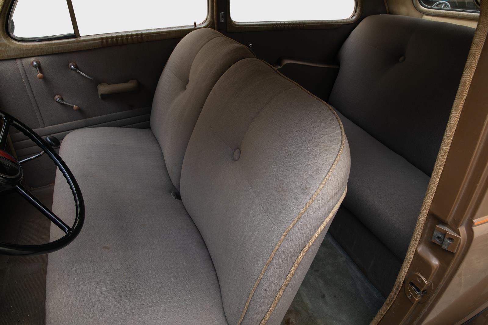 1938 Pontiac Sedan 3,7  For Sale (picture 5 of 6)