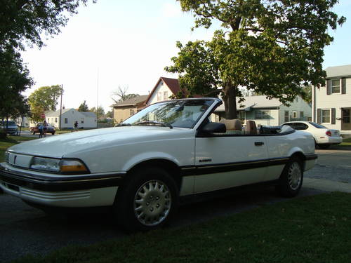 1990 Pontiac Sunbird LE Convertible For Sale (picture 2 of 6)