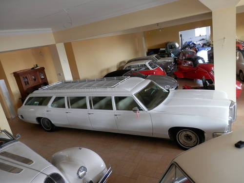 1970 Pontiac 8-door Airport Limo Stationwagon For Sale (picture 1 of 6)