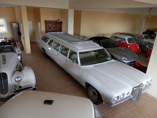 1970 Pontiac 8-door Airport Limo Stationwagon For Sale (picture 2 of 6)
