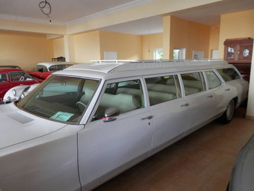 1970 Pontiac 8-door Airport Limo Stationwagon For Sale (picture 6 of 6)