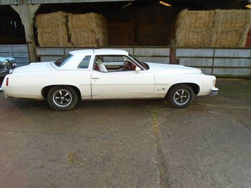 1976 Pontiac Grand Prix SJ 2 door sports coupe For Sale (picture 2 of 6)