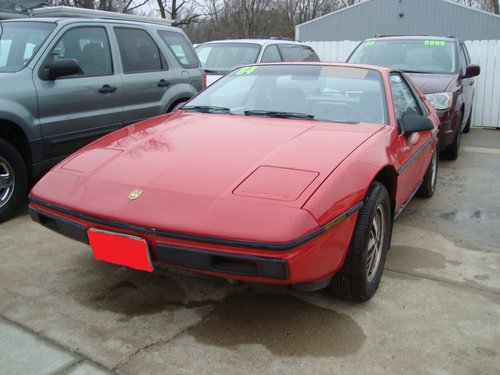 1984 Pontiac Fiero SE 2DR For Sale (picture 1 of 6)