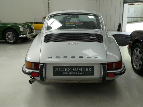 1973 Porsche 911 2.4T - RHD SOLD (picture 4 of 6)