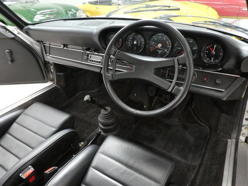 1973 Porsche 911 2.4T - RHD SOLD (picture 5 of 6)