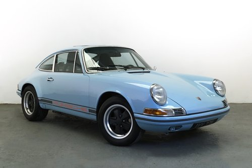 1973 Porsche 911T with 2.7RS. Fully Restored SOLD (picture 1 of 6)