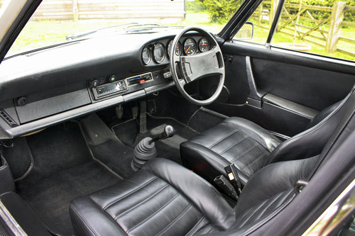 1976 Porsche 911 2.7 Coupe **NOW SOLD** For Sale (picture 3 of 6)