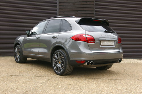 2011 Porsche Cayenne 4.8 V8 Turbo Auto 4WD (36,321 miles) SOLD (picture 3 of 6)