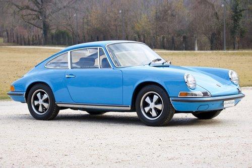1970 Porsche 911 2.2 T -Fully restored- Porsche certification  For Sale (picture 2 of 6)
